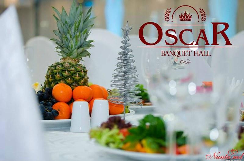 """Restaurantul Oscar > Petreceri  corporative de REVELION împreună cu """"Oscar Banquet Hall"""""""