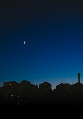 Split moon