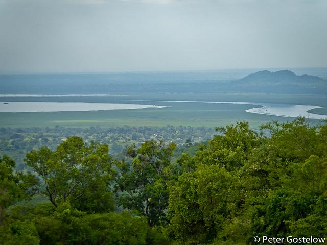 Descending to the River Nile at Laropi