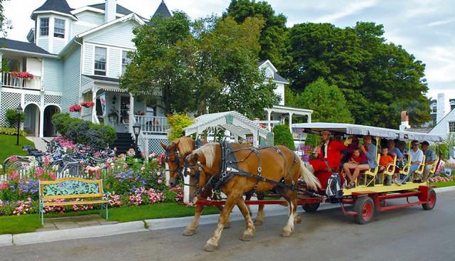 Horse-drawn trams Mackinac Island