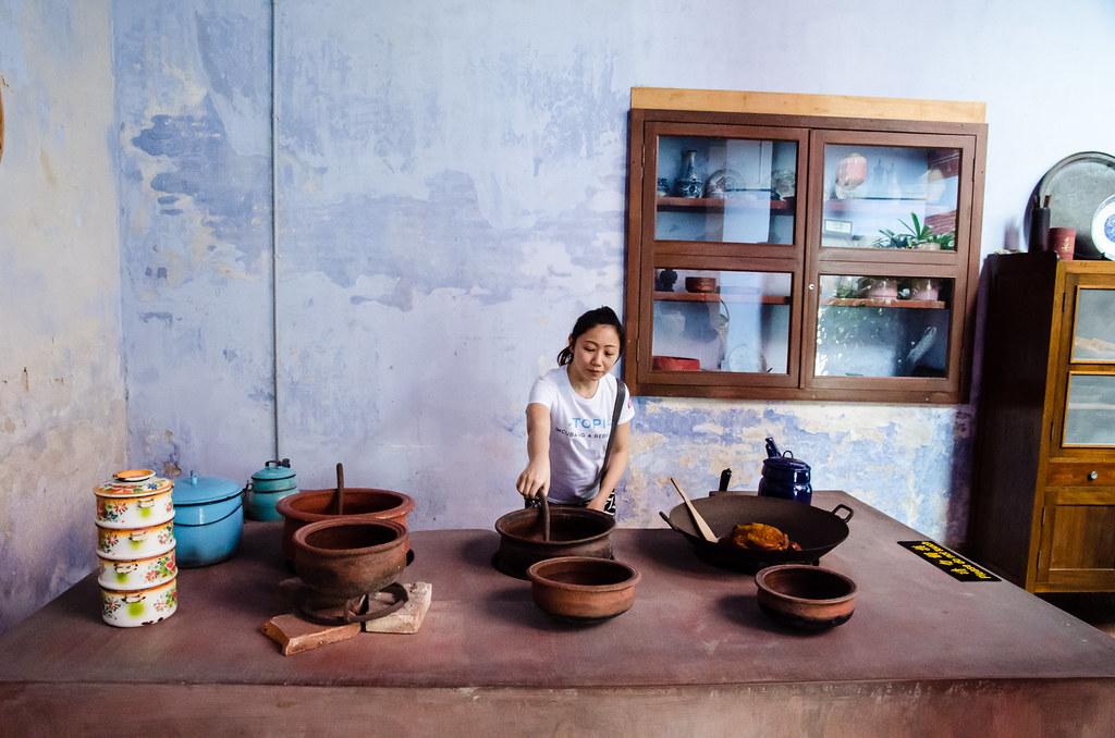 Laupoh cooking at Leong San Tong Khoo Kongsi