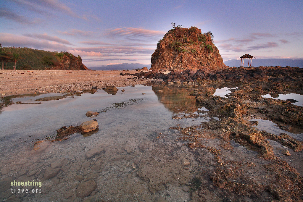 Lukso-Lukso Islets at sunrise, Diguisit Beach, Baler