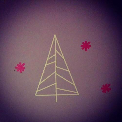 Kerstboom nummer 14 😁 🎄 #christmastime #christmasdecorations #christmastree #kerstbomenrecord #washitape #diydecorations