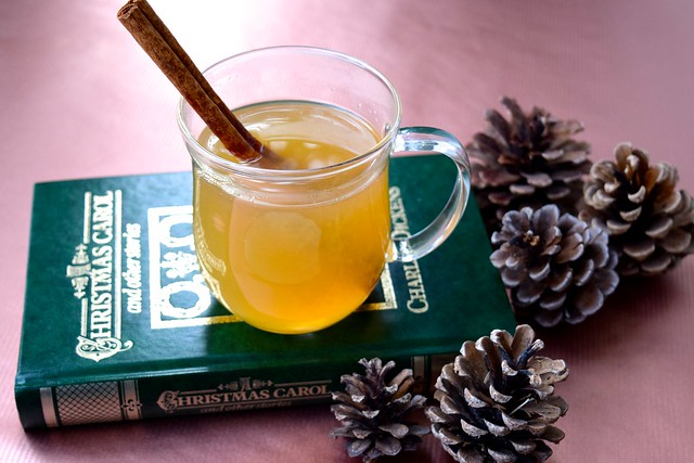 How To Make A Hot Toddy | www.rachelphipps.com @rachelphipps