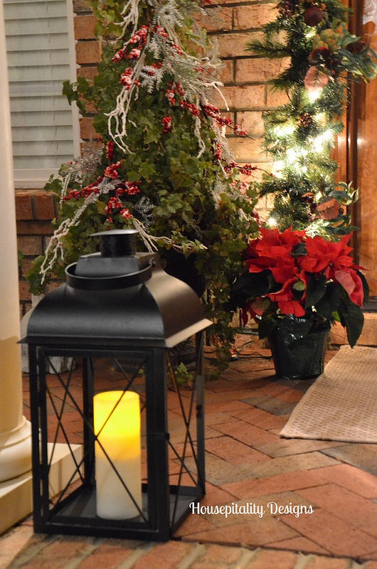 Christmas Porch Lantern - Housepitalty Designs