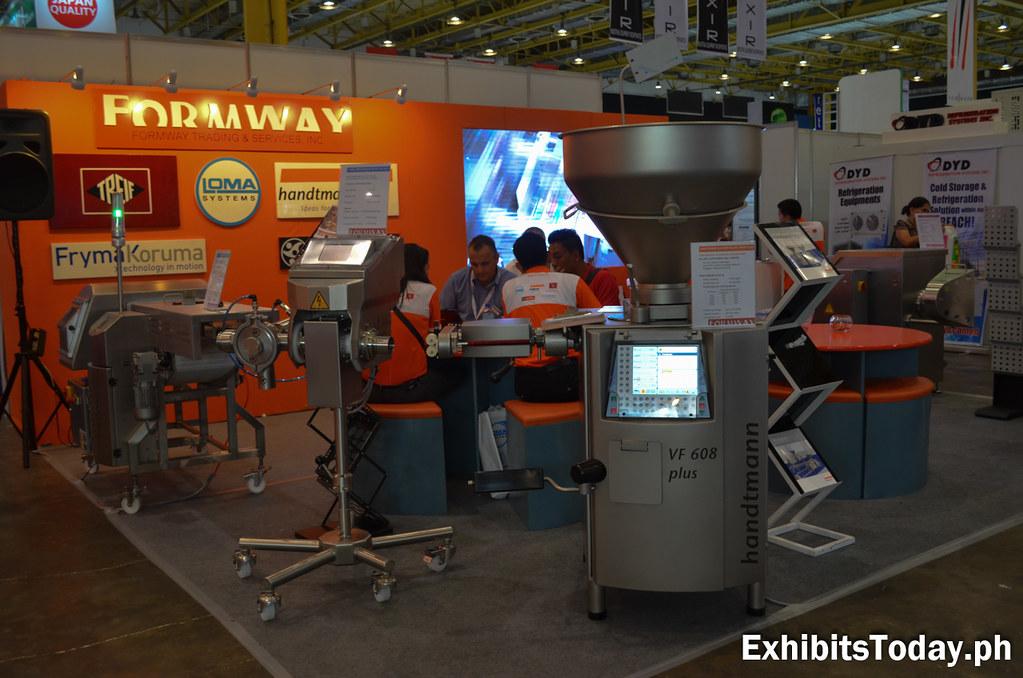 Formway Exhibit Stand