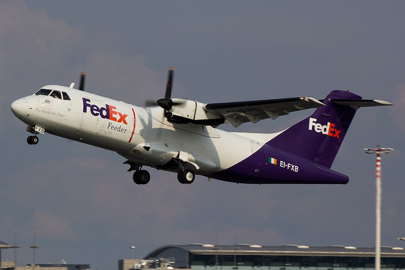 FedEx - AT42 - EI-FXB (1)