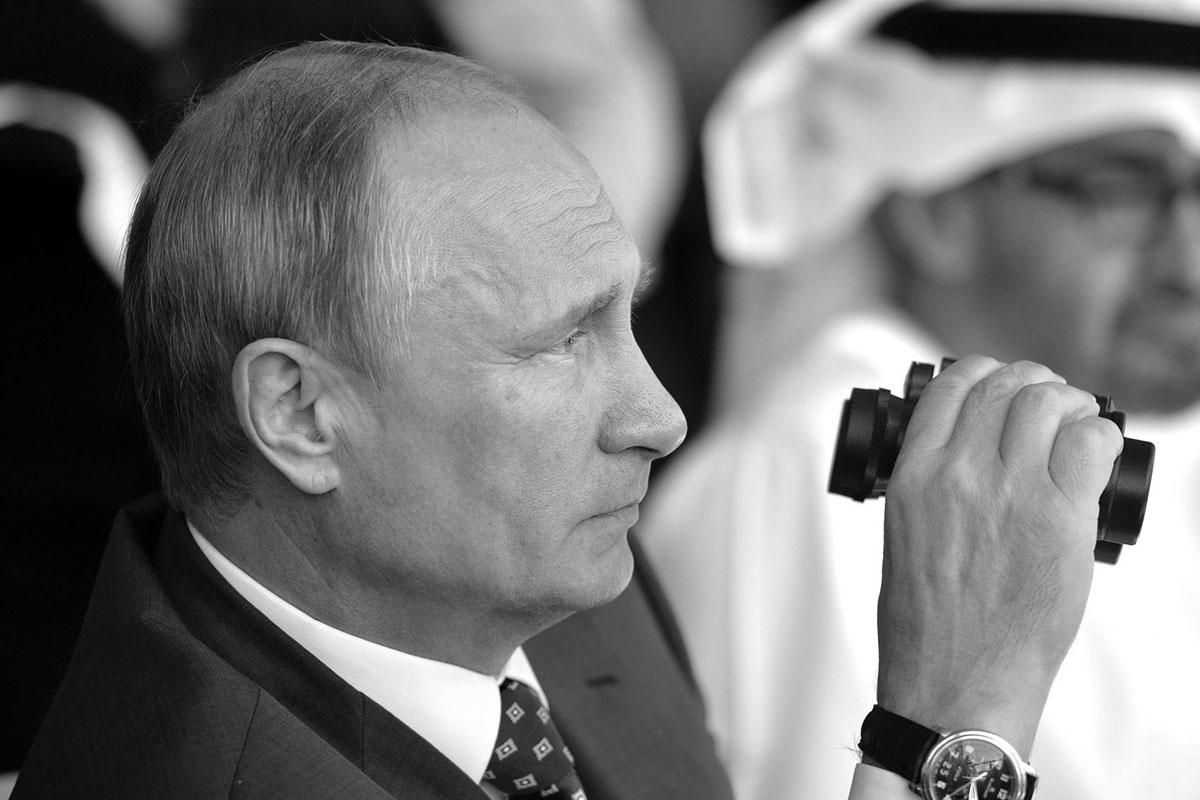 151028_RUS_Vladimir_Putin_BW_6x9