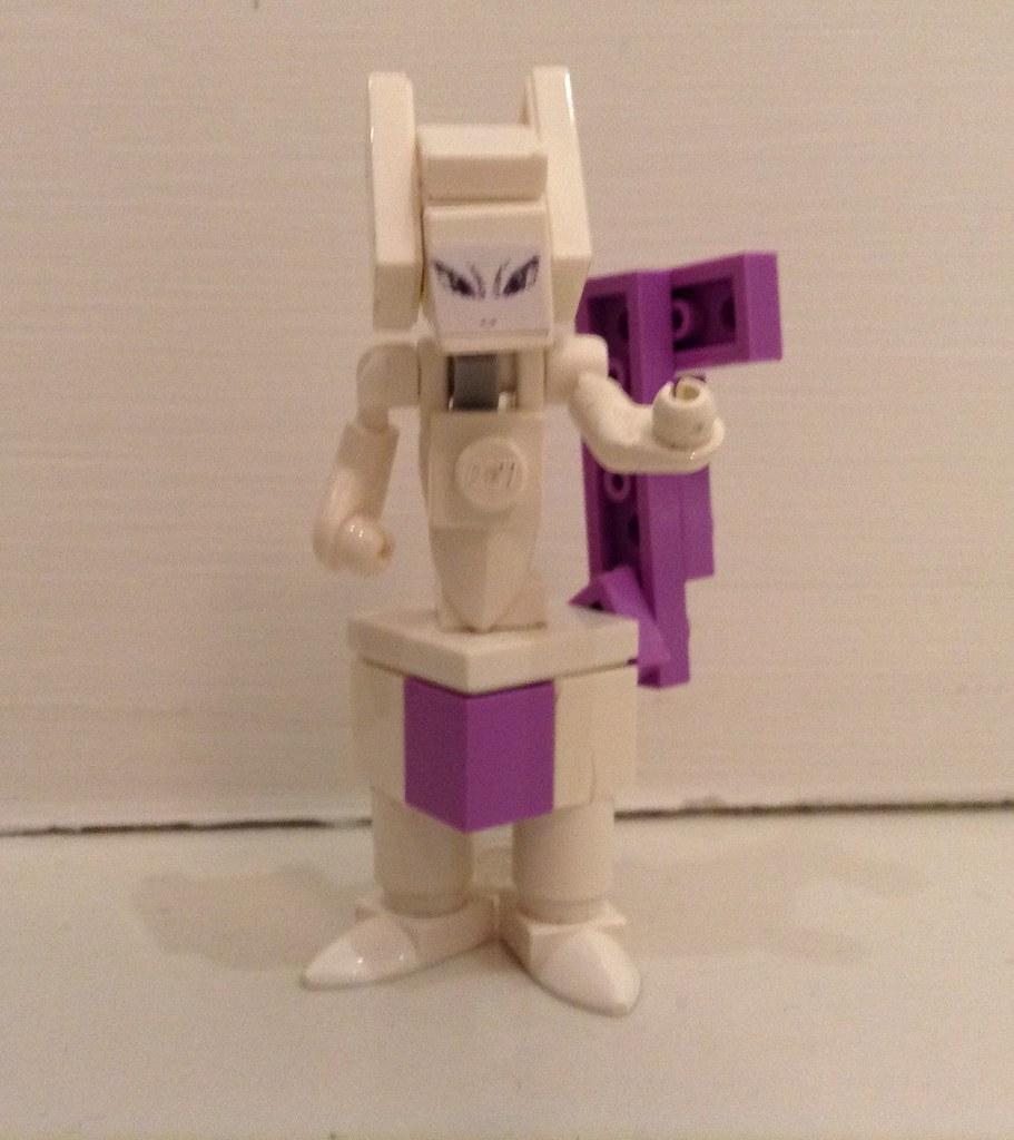 Lego Mewtwo I Wasnt Born A Pokémon I Was Created And My Flickr