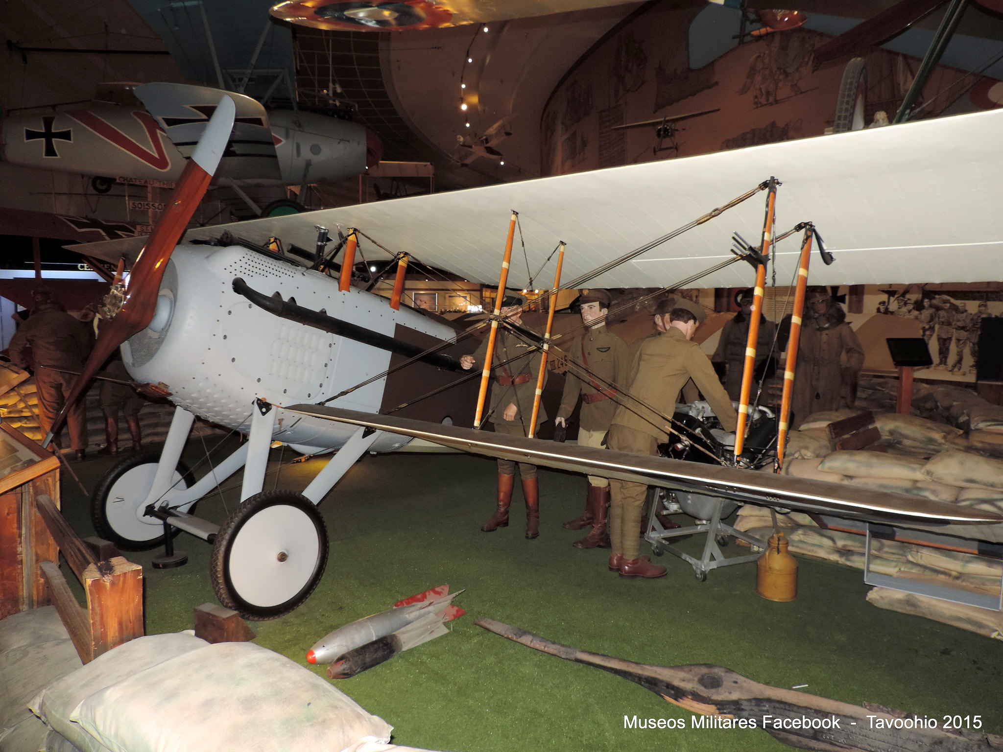 SPAD VIIc1 s n B9916 RAF - Se encuentra exhibido en San Diego, CA