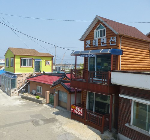 Co-Sokcho-Abai-Village  (3)