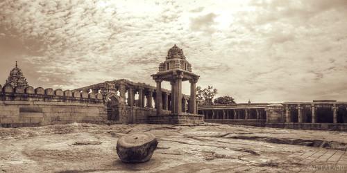 Temple prahara (courtyard)