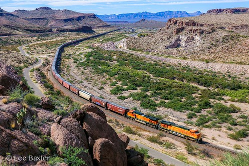 orange train grain railway bnsf kingmancanyon bnsfgraintrain