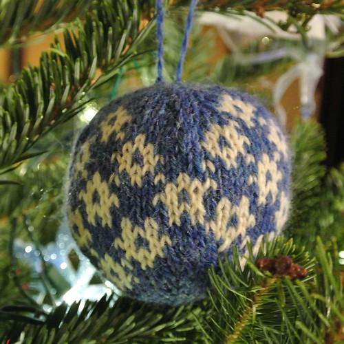 balls patt 3 snowflakes