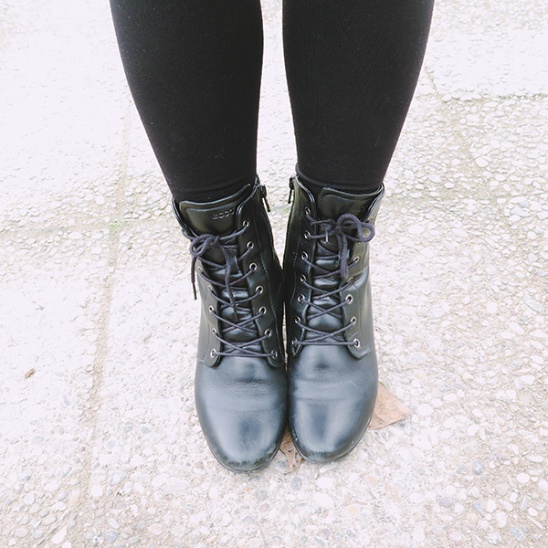 ecco black lace up boots