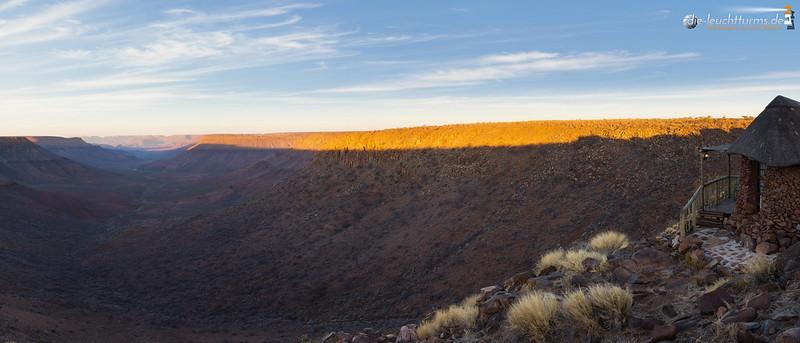 At the edge of Klip RIver Canyon