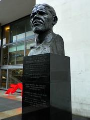 GOC London Public Art 006: Nelson Mandela