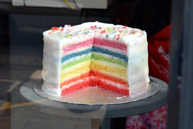 Rainbow Layer Cake, Edinburgh | www.rachelphipps.com @rachelphipps