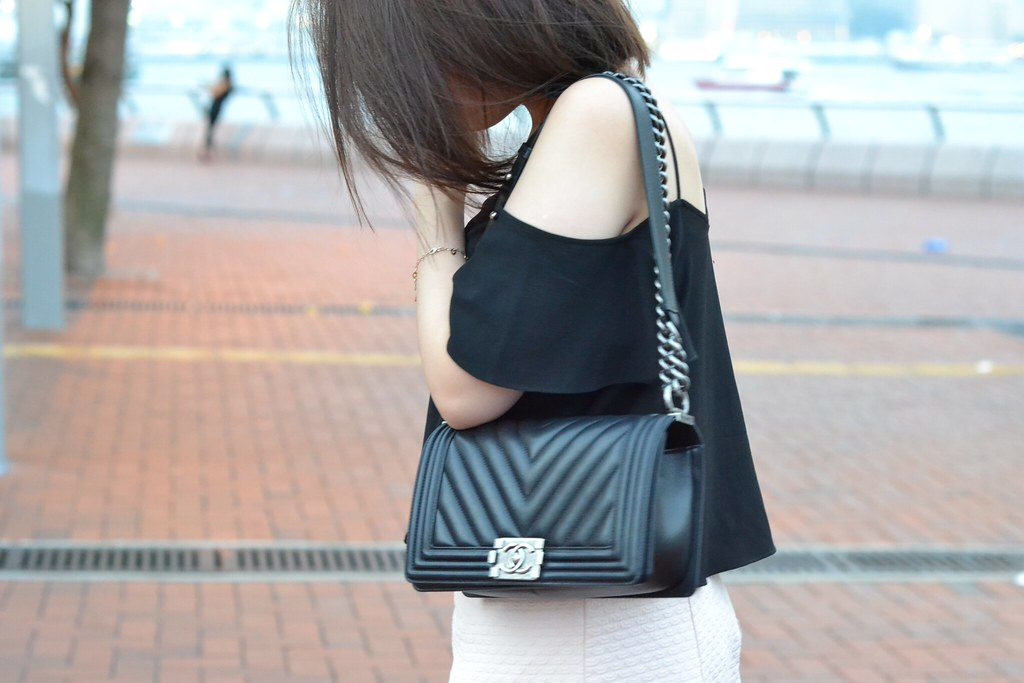 Daisybutter - Hong Kong Lifestyle and Fashion Blog: Chanel Boy handbag, Central Pier Hong Kong