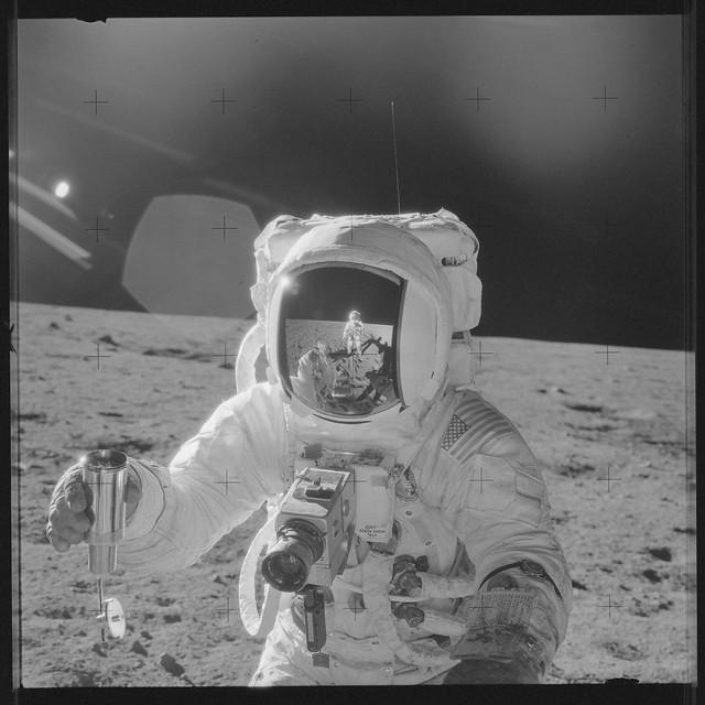 Apollo 12 Magazine 49/Z