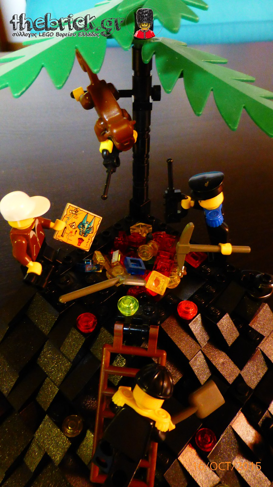 "[BuildtheBrick #1]: ""Treasure in the Dark Hill"" 22238717651_9ccf9b3365_h"
