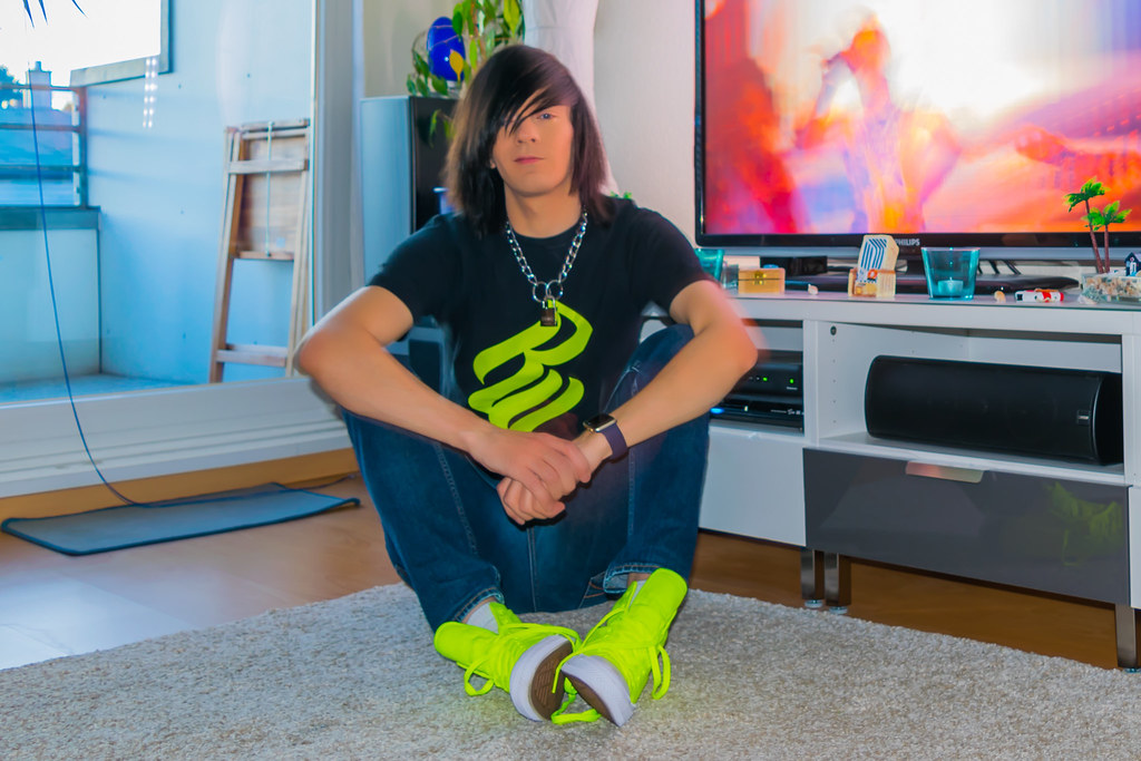 b7c833e8e47a Padlocked Proud Emo with his new Converse Chuck Taylor All Star II Volt  Green Limited Edition