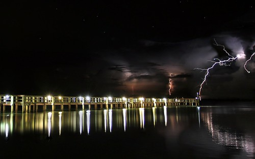 longexposure sky storm weather night clouds river landscape nightscape florida nightshots thunderstorm nightsky lightning indianriver sebastianfl lightningstorm indianrivercounty kmprestonphotography projectweather 20151107211702c