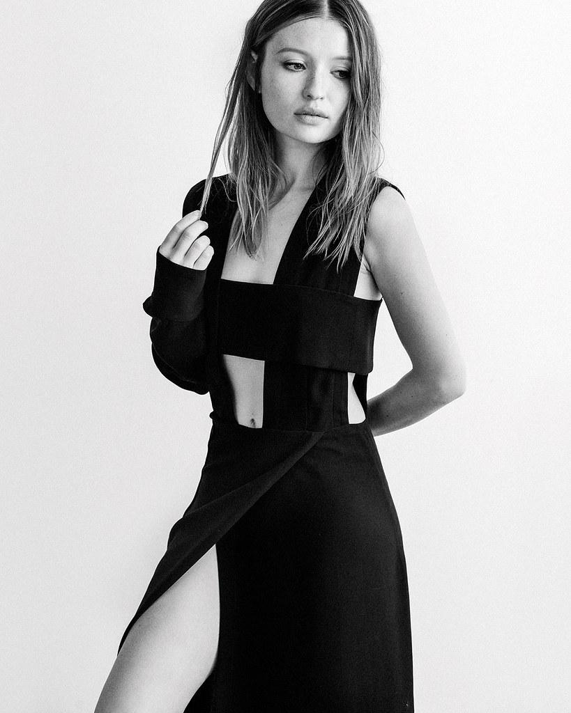 Эмили Браунинг — Фотосессия для «Interview» 2015 – 3