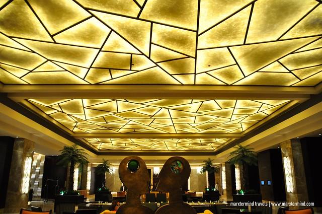 Crimson Hotel Filinvest City Lobby Lounge