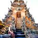 Bali 2015, Pura Puseh Temple Batuan, Jody's temple smile WM