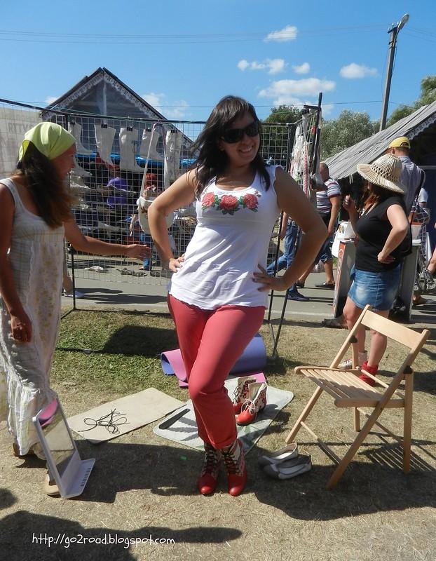 Сорочинская ярмарка.Обувь из конопли
