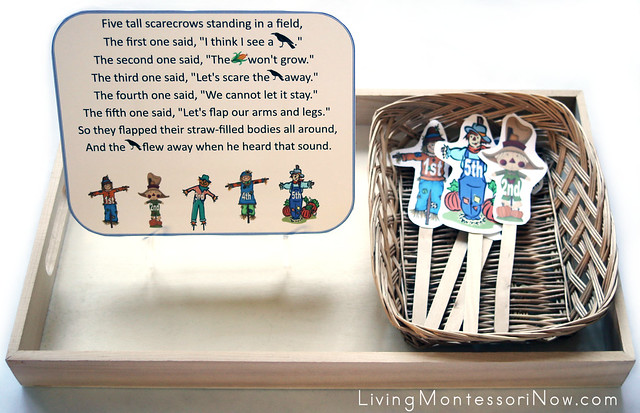 5 Little Scarecrows Puppet Tray