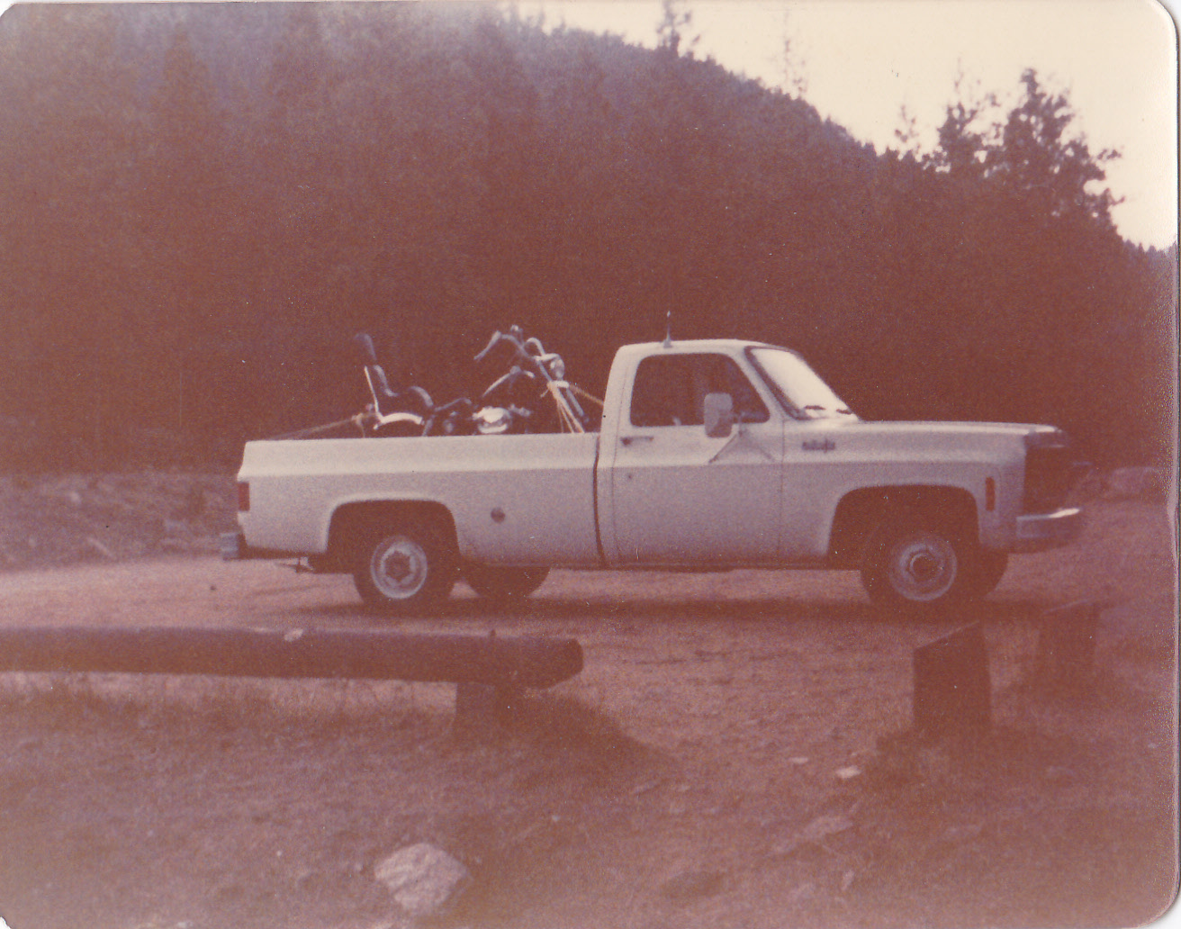 Chevy Pickup and Har