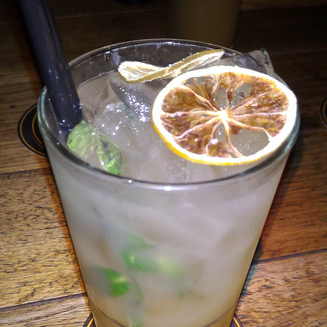 Passionfruit Mohito
