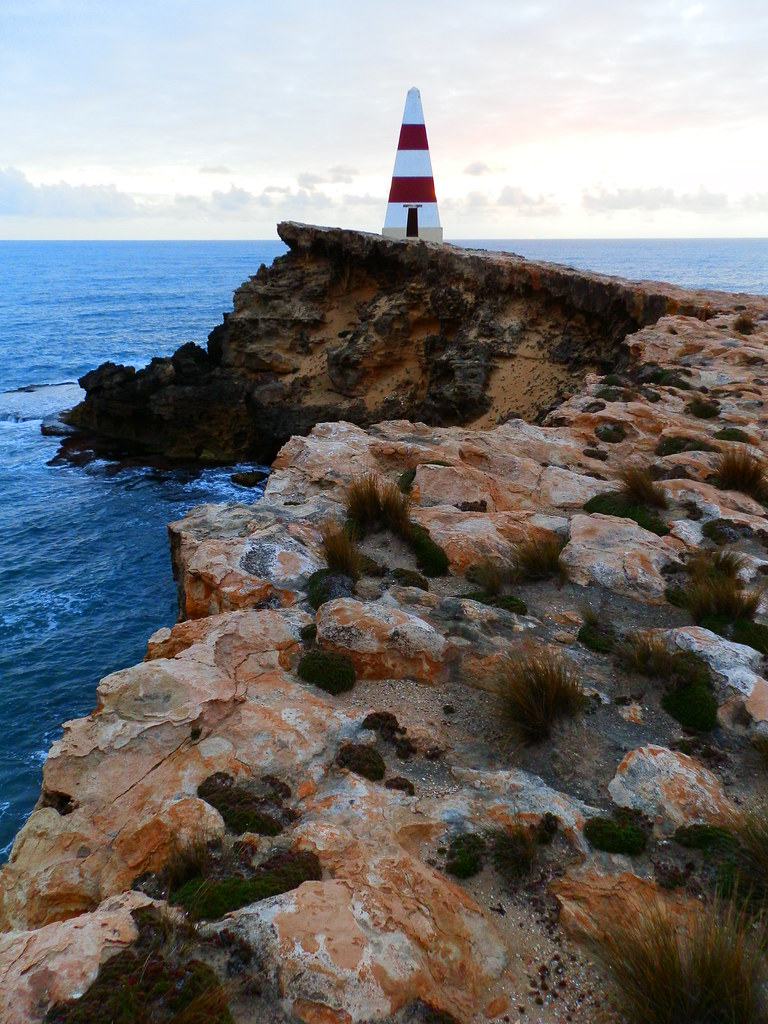 Robe's famous Obelisk, Cape Dombey, Limestone Coast Attractions
