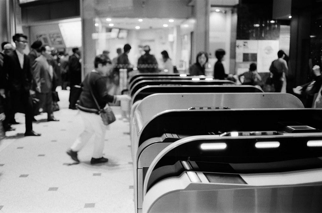 丸之內 東京車站 東京 Tokyo 2015/10/05 丸之內南口的改機口。  Nikon FM2 Nikon AI AF Nikkor 35mm F/2D Kodak TRI-X 400 / 400TX 1275-0037 Photo by Toomore