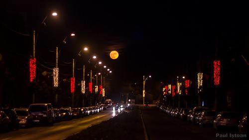 christmas city night luna fullmoon romania craciun noapte oras onesti plina