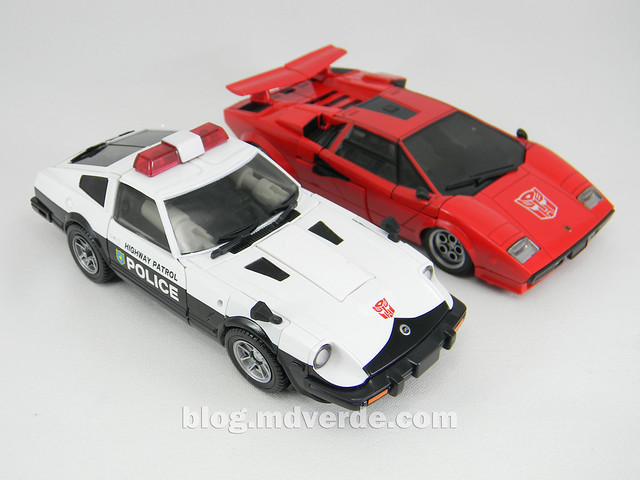 Transformers Prowl Masterpiece - modo alterno vs Sideswipe