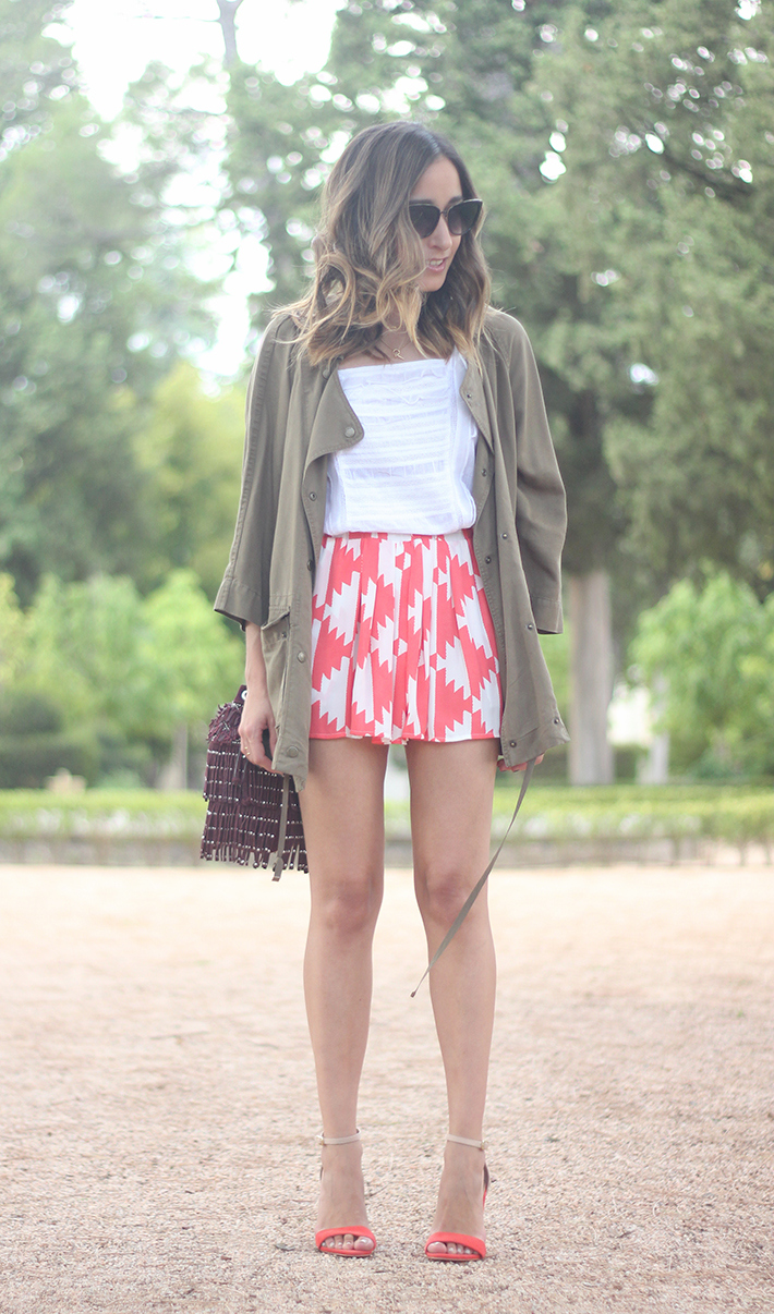 Green Parka White Top Pepe Jeans Shorts Coral Sandals Heels Outfit01