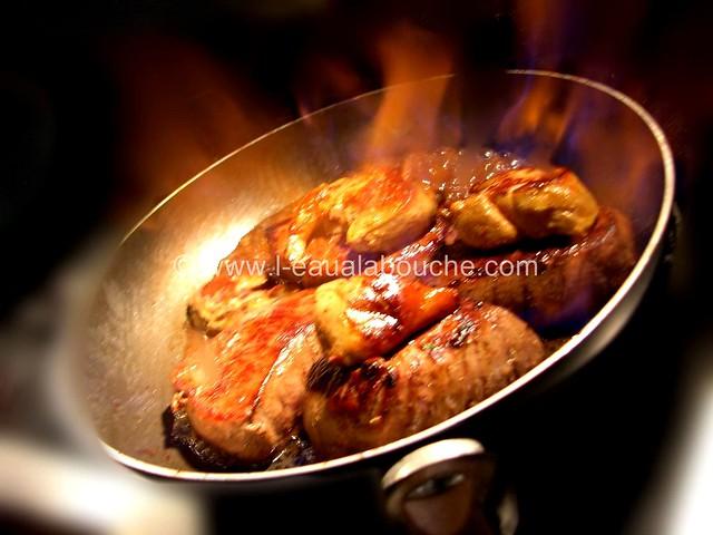 Pavé de Rumsteack & Foie Gras Poêlé sur Lit de Champignons © Ana Luthi Tous droits réservés 001_GF
