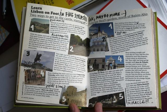 Mise en page très graphique des guides de voyage Lecool.