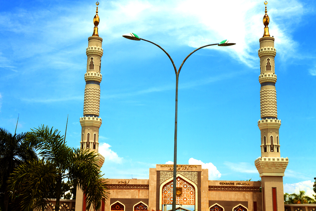 Gate with minarets--Batam