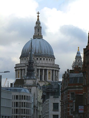 St Martin Ludgate photobombed by St Paul's