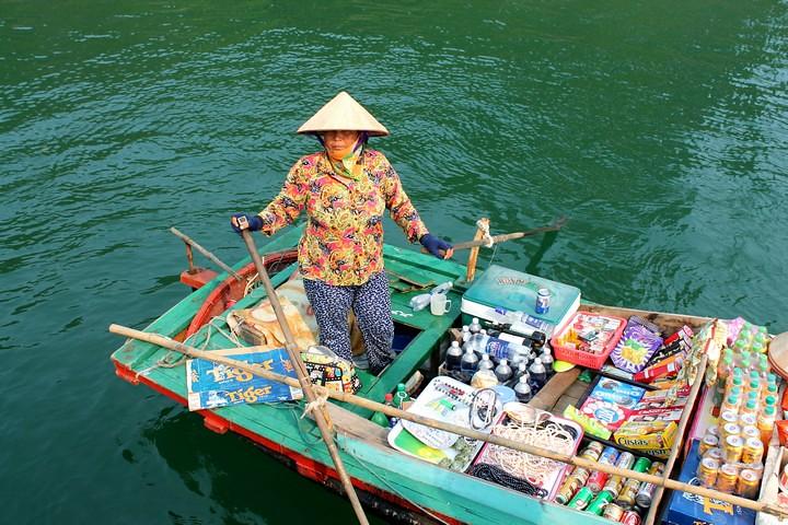 Crucero de 2 días por la Bahía de Halong