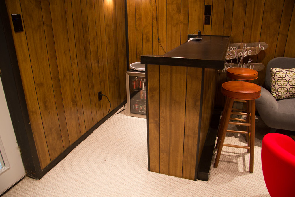 Basement bar - before the renovation