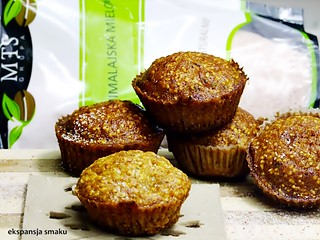 Muffins with pumpkin and amaranth
