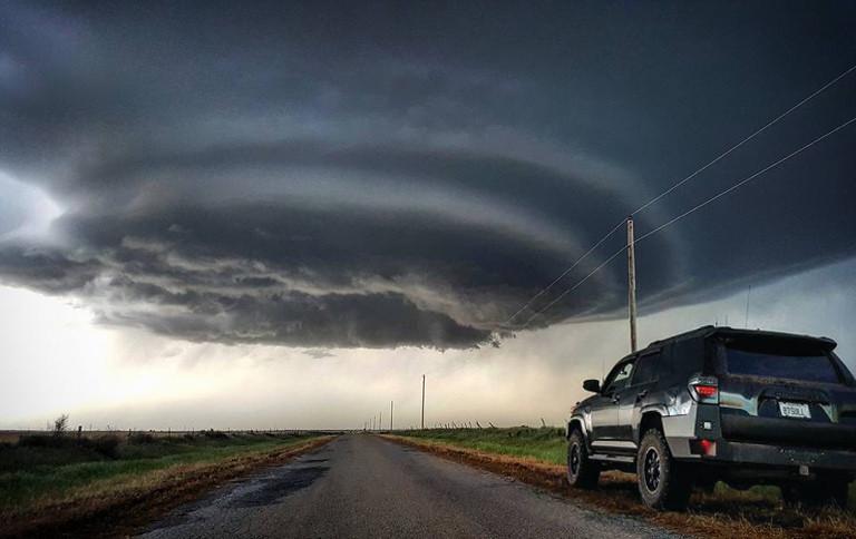 Storm Chasing 4Runner - Toyota Cruisers & Trucks Magazine ...