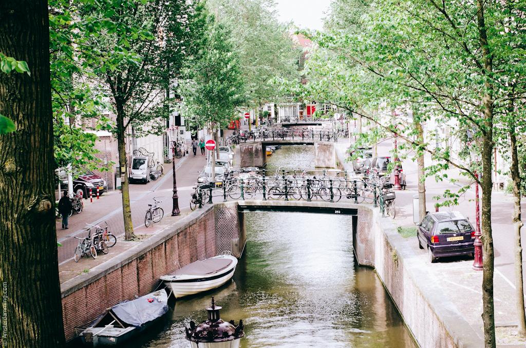 Amsterdam, Nieuwmarktburt
