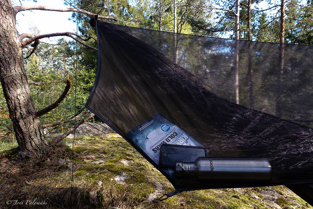 with xlc as  pared to the original blackbird hammock warbon  changed the zipper system to allow full removal of the bug  ting which in turn     warbon  outdoors blackbird xlc hammock   leftbound  rh   leftbound
