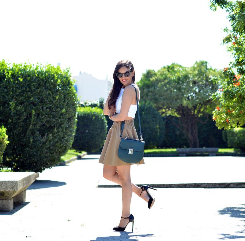 Zara_ootd_outfit_camel_falda_crop_top_04